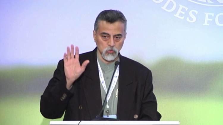Syed Farid al-Attas Syed Farid Alatas at Rhodes Forum 2013 YouTube