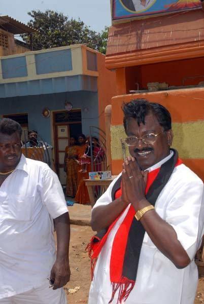 T. K. S. Elangovan TKS Elangovan campaigns in Chennai Photo5 India