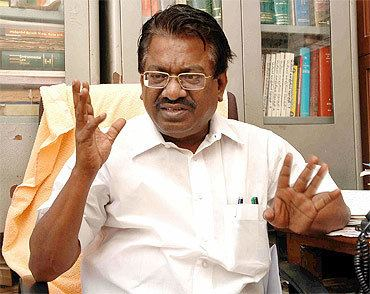 T. K. S. Elangovan DMK Spokesperson T K S Elangovan on Raja 2G and the