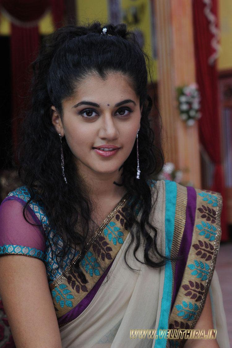 Taapsee Pannu Taapsee Pannu 65 Vellithirain Malayalam Actress