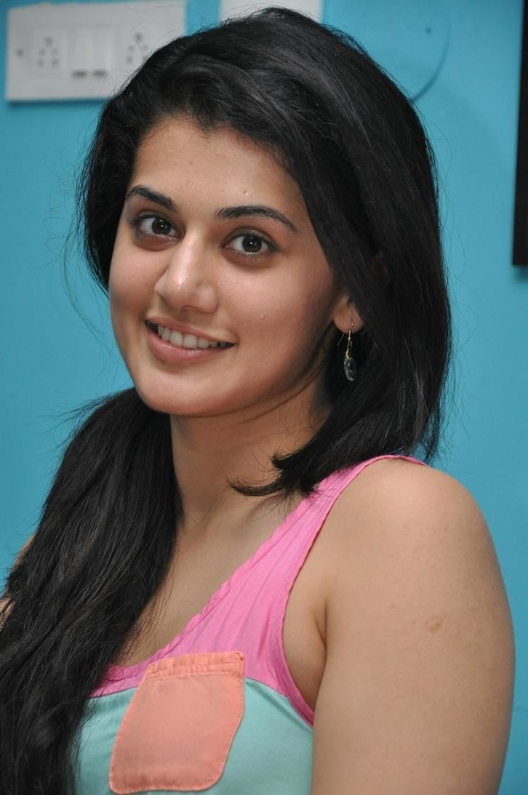 Taapsee Pannu Taapsee Pannu Pictures Images Photos Page 3