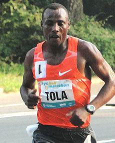Tadese Tola wwwmarathonguidecomnewsexclusivesChicagoMarat