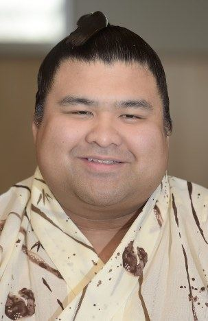 Takayasu Akira Ozekiinwaiting Takayasu aiming for sumos greatest heights The