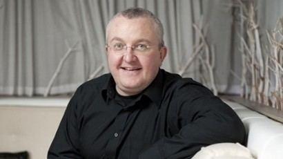 Tam Cowan The Daily Record writer Tam Cowan apologises for column