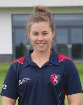 Tammy Beaumont Farrant joins Edwards Greenway and Beaumont in England Womens