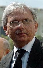 Tariq Mahmood (judge) httpsuploadwikimediaorgwikipediacommonsthu