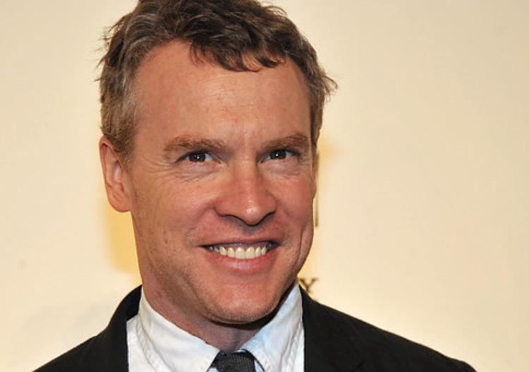Tate Donovan Tate Donovan is over Aniston and Bullock NY Daily News
