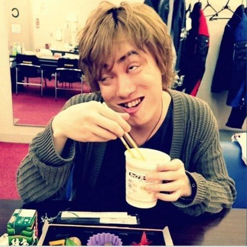 Tatsuhisa Suzuki Ryu39s Den Lemme explain you why Tatsuhisa Suzuki is my