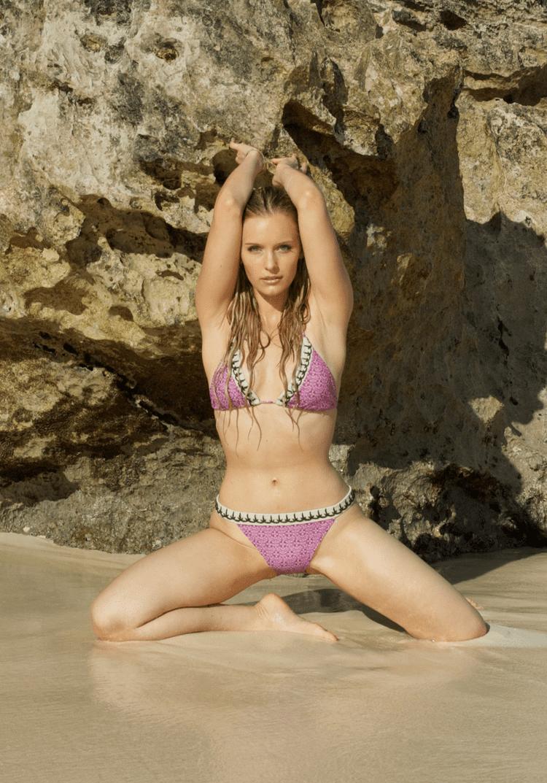 Taylor Gildersleeve Nude Photos 98