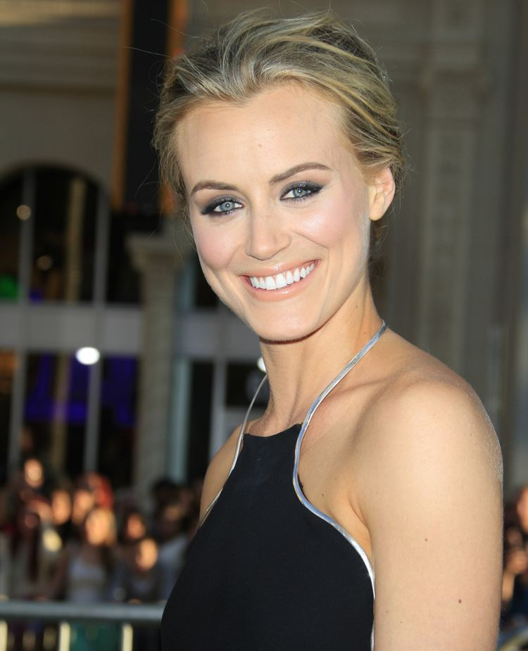 Taylor Schilling QampA Taylor Schilling of 39Orange Is The New Black39