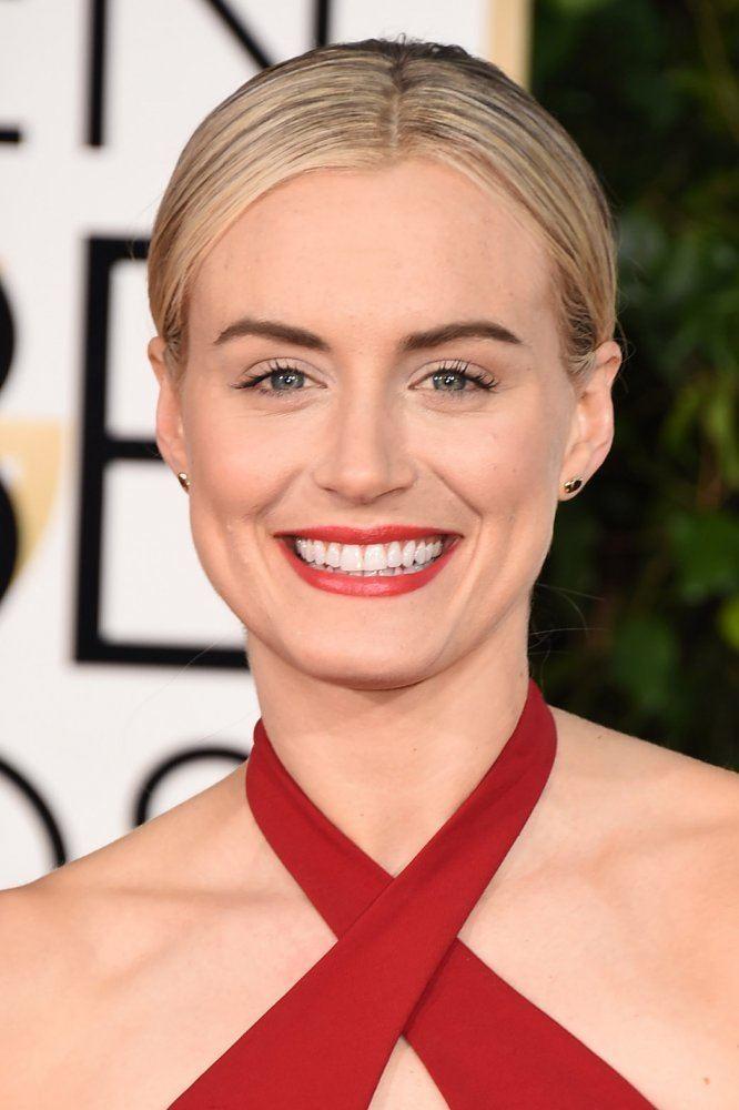Taylor Schilling Golden Globes Beauty Taylor Schilling Goes Grace Kelly