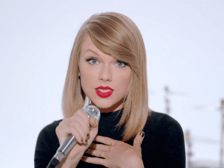 Taylor Swift Taylor Swift Posts Photo Of Herself When She Was 12 Years