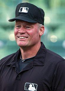 Ted Barrett httpsuploadwikimediaorgwikipediacommonsthu