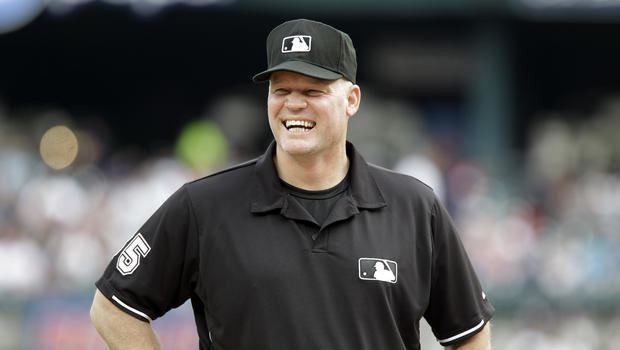 Ted Barrett Ted Barrett becomes first umpire to call balls and strikes