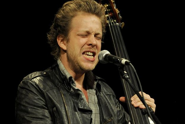 Ted Dwane Mumford amp Sons Bassist Thanks Fans After Brain Surgery