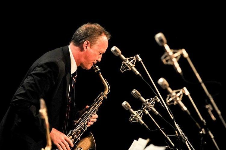 Ted Nash (saxophonist, born 1960) Ted Nash