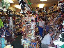 Teddy Bear Museum of Naples httpsuploadwikimediaorgwikipediacommonsthu