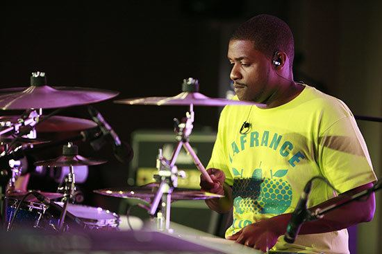 Teddy Campbell Drummerworld Teddy Campbell