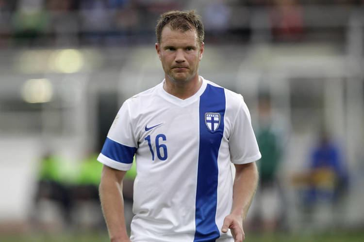 Teemu Tainio FIVE Famous Footballers Who Served in the Military