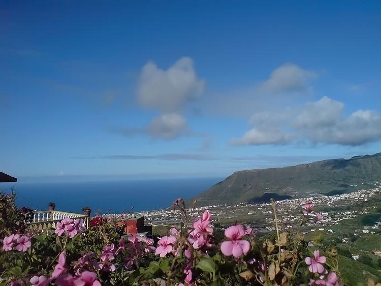 Tegueste, Santa Cruz de Tenerife httpsuploadwikimediaorgwikipediacommons22