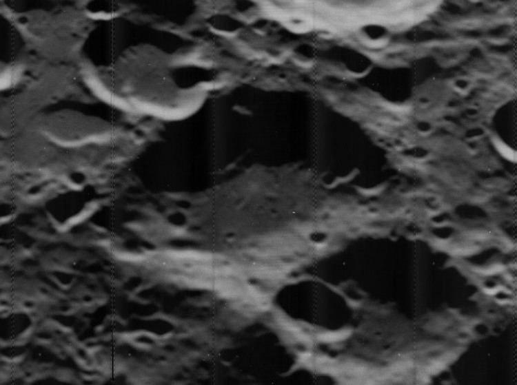 Teisserenc (lunar crater)