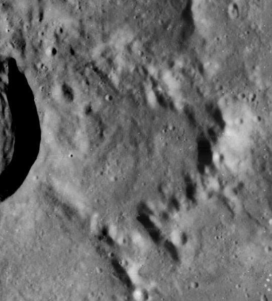 Tempel (crater)