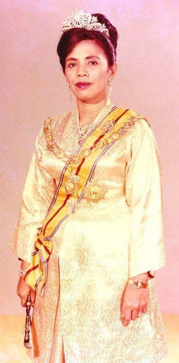 Tengku Budriah of Perlis 3bpblogspotcomNd2wXpomITrOUuKeYmIAAAAAAA