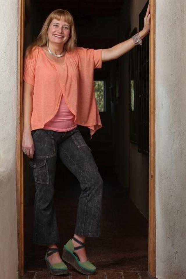 Teresa Dovalpage Escritora cubana Teresa Dovalpage literatura con humor y