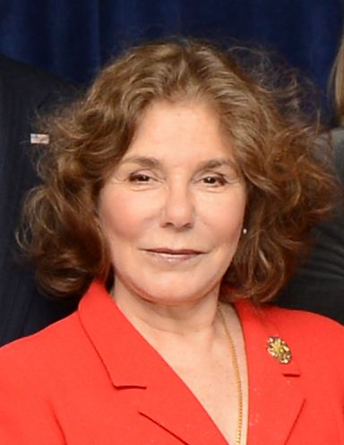 Teresa Heinz httpsuploadwikimediaorgwikipediacommons22