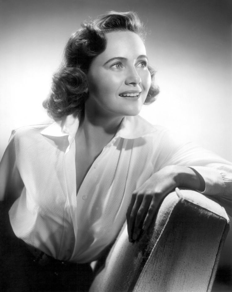 Teresa Wright TCM Schedule for Tuesday August 4 Summer under the Stars