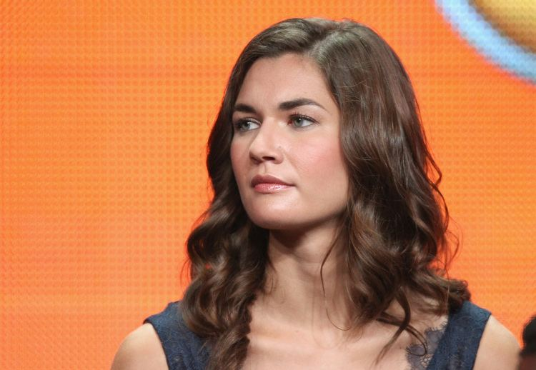 Teri Reeves Teri Reeves spoke onstage at Chicago Fire39s TCA panel