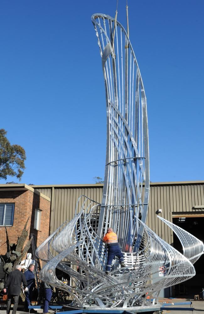 Terrance Plowright Sydneys fourstorey Uniting a Nation sculpture gifted by