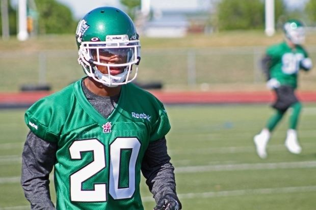 Terrell Maze Roughriders add 6 release 5 Terrell Maze retires with team