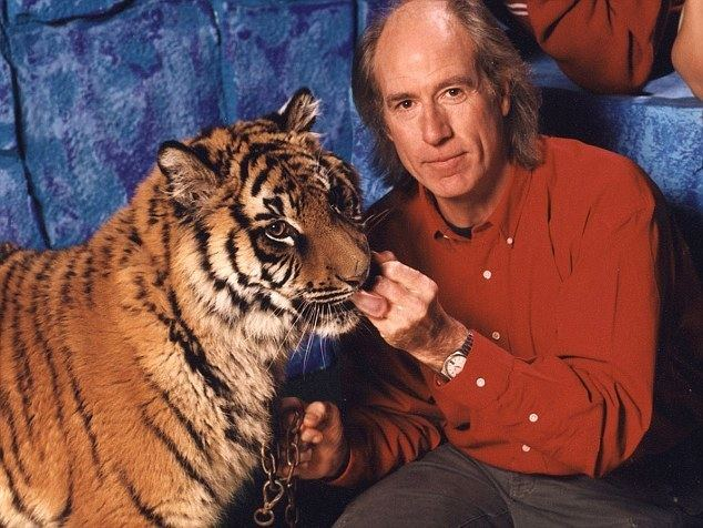 Terry Nutkins Terry Nutkins dead Presenter of The Really Wild Show and