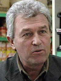 Terry Raymond httpsuploadwikimediaorgwikipediaenthumbe