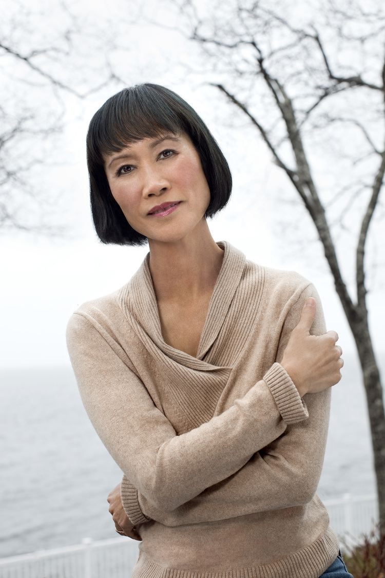 Tess Gerritsen Rizzoli And Isles39 Creator Mines Chinese Roots In Latest