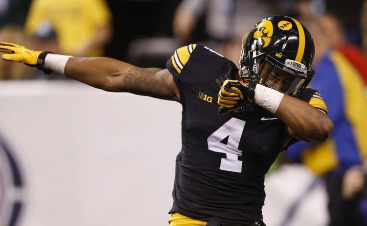 Tevaun Smith Indianapolis Colts find undrafted gem in WR Tevaun Smith