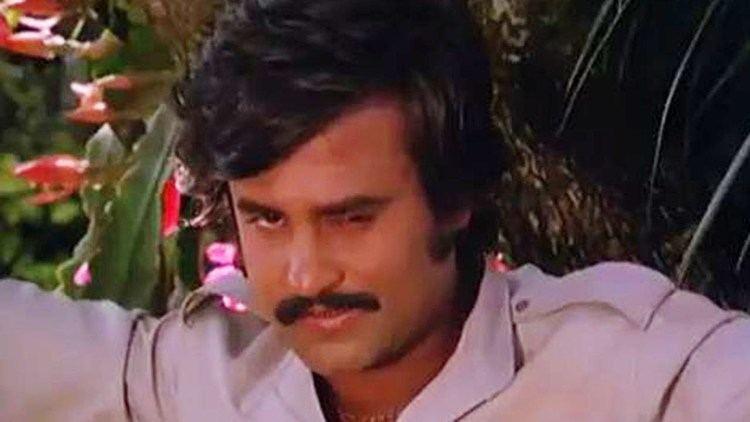 Thambikku Entha Ooru Rajinikanth romantic blackmailing Madhavi Thambikku Entha Ooru