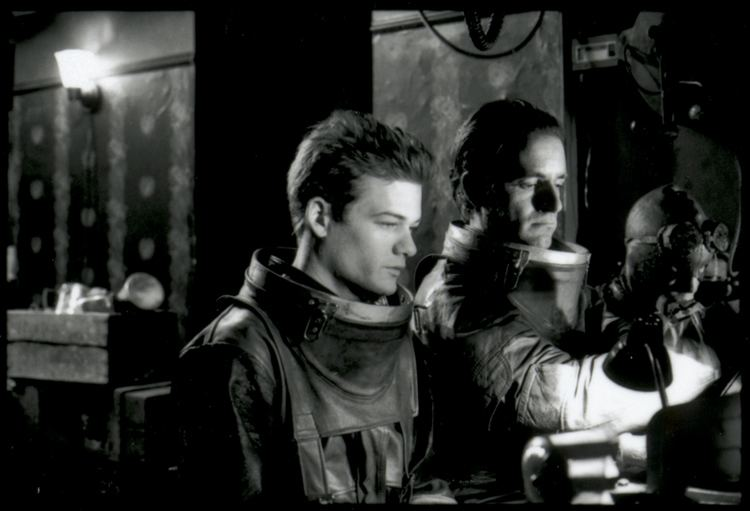 The American Astronaut movie scenes Take the look of Lynch s Eraserhead the concept of Zachariah and Buck Rogers on some bad LSD and you have The American Astronaut in all its bewildering