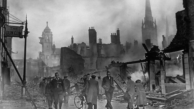 The Blitz BBC History The Blitz pictures video facts news