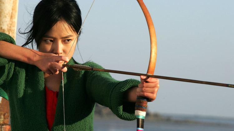The Bow (film) Kim Kiduks The Bow 2005 black is white