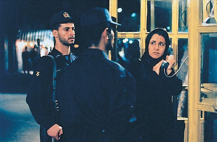 The Circle (2000 film) The Circle Jafar Panahi 2000 Draper on Film