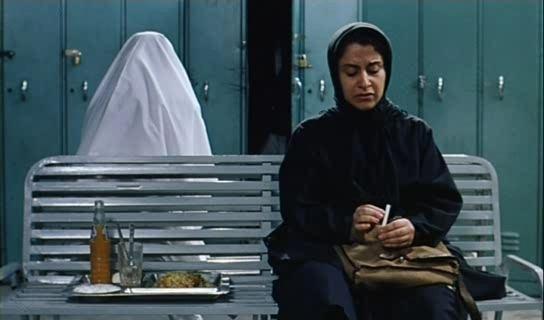 The Circle (2000 film) Jafar Panahi Dayereh AKA The Circle 2000 Cinema of the World