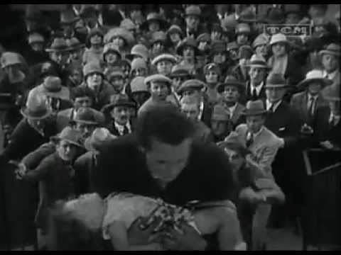 The Crowd (1928 film) Great Film Scenes The Crowd 1928 John wins 500 YouTube