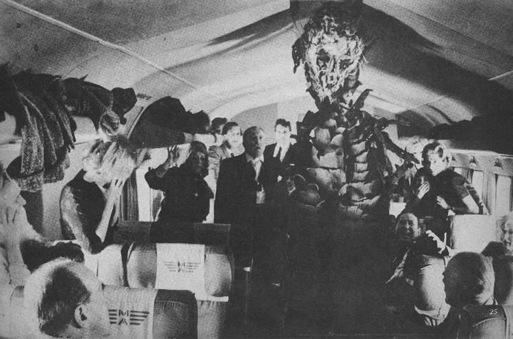 The Day of the Triffids (film) BLACK HOLE REVIEWS THE DAY OF THE TRIFFIDS 1962 an influential