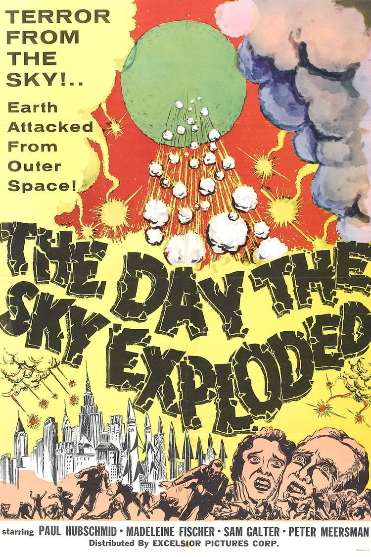 The Day the Sky Exploded wwwgstaticcomtvthumbmovieposters48156p48156