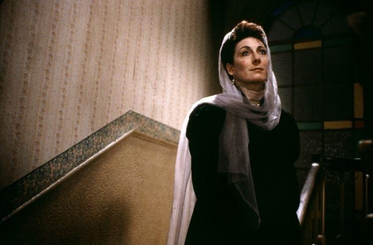 The Dead (1987 film) 10 Essential John Huston Films You Need To Watch Taste of Cinema