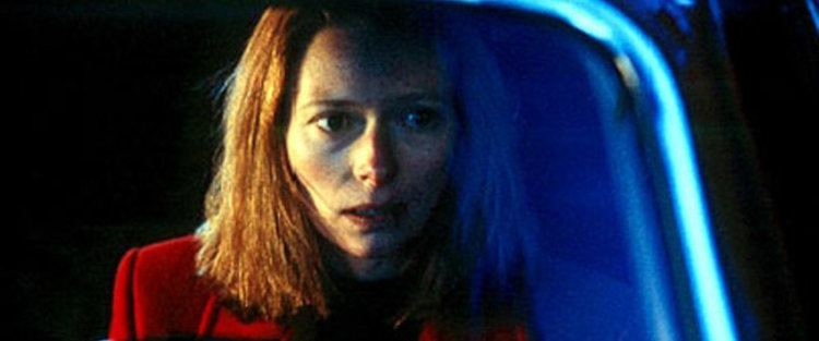 The Deep End (film) The Deep End Movie Review Film Summary 2001 Roger Ebert