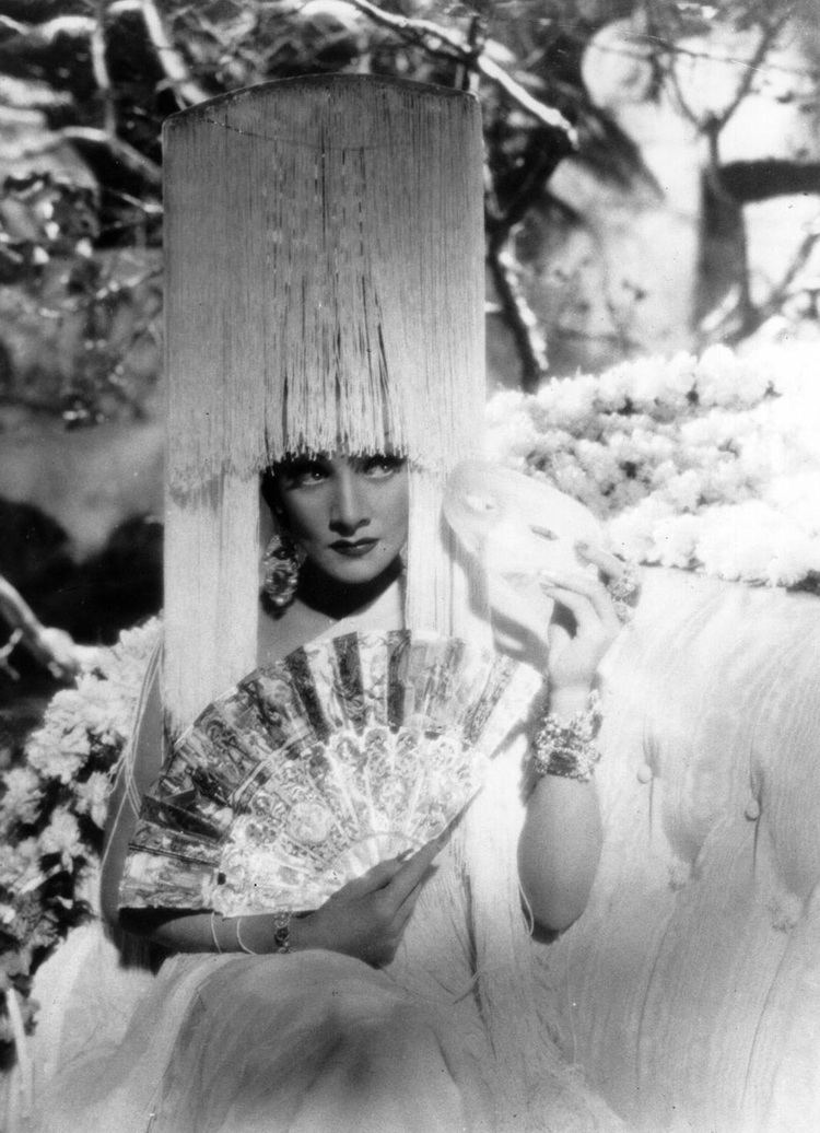 The Devil Is a Woman (1935 film) Official Site Marlene dietrich Actresses and Movie stars