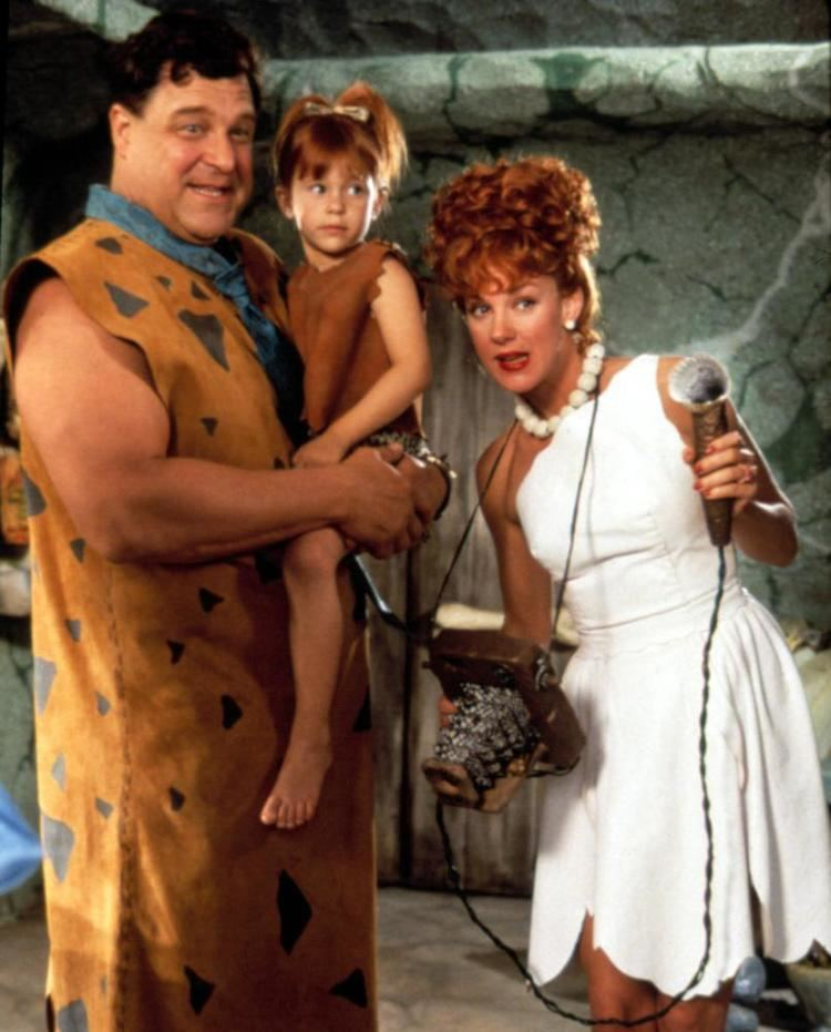 The Flintstones (film) Cineplexcom Les Pierrafeu Les films en famille